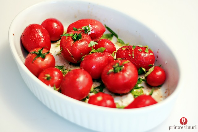 seasoned-tomatoes-in-the-oven