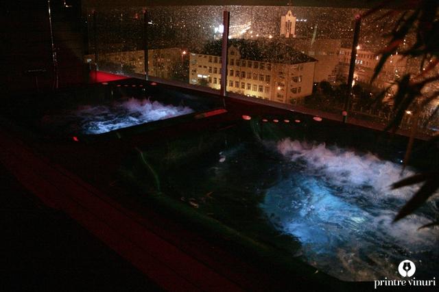 jacuzzi-riserva-wine-hotel-ramada-oradea