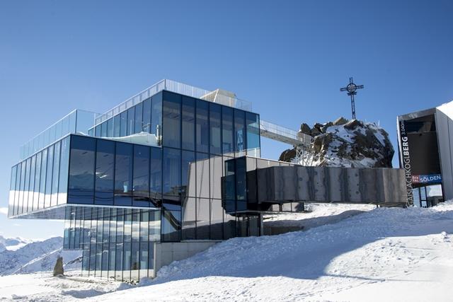 #Auskia – ziua 5: Wirsthaus si Ice Q